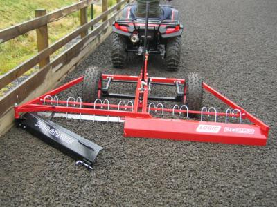Logic 2.5M Surface Grader With Track Levelling and Tyne Bar Kit